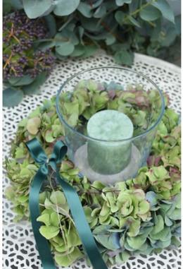 Hortensien-Kranz mit Kerze