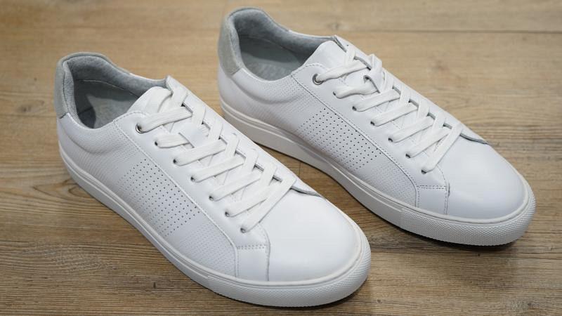 Schuhe Sneaker weiss aus Leder